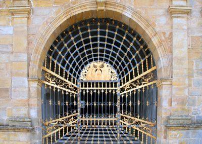 Porta Ferro Esglesia Gran