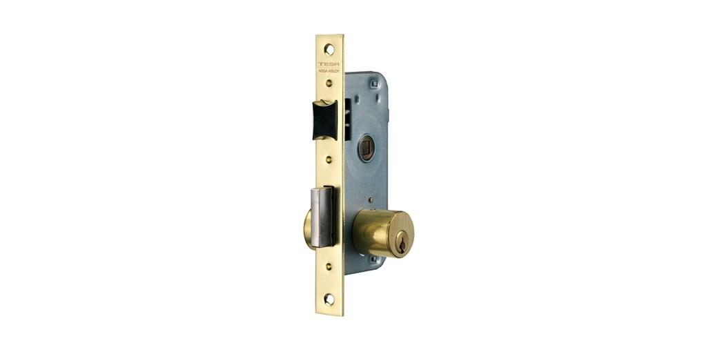 Tipo de cerraduras para puertas de madera gremi de for Tipos de cerraduras